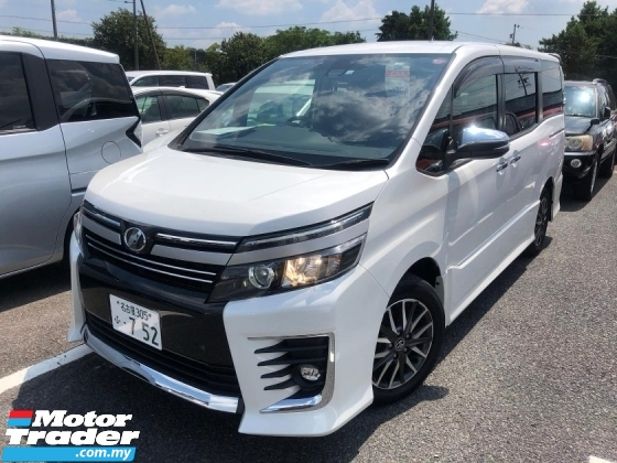 2016 TOYOTA VOXY Toyota Voxy 2.0 ZS with pre crash and Lane keeping assist
