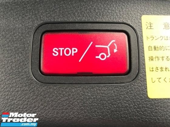 2015 MERCEDES-BENZ GLA GLA180 AMG Turbo Pre Crash Distronic Memory Seat Power Boot Paddle Shift Bi Xenon Reverse Camera