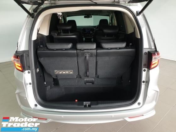 2014 HONDA ODYSSEY RC1 2.4 i-VTEC (A) 2 Power Door - Sun Roof - CBU
