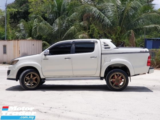 2016 TOYOTA HILUX 2.4 VNT 4WD TRD SPORTIVO 1OWNER NOT OFF ROAD