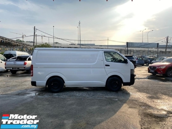 2010 TOYOTA HIACE 2.5 FACELIFT (M) PANEL VAN WELL MAINTAIN TIPTOP