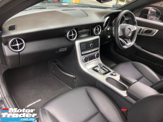 2017 MERCEDES-BENZ SL-CLASS Unreg Mercedes Benz SLC 2.0 AMG Turbo Convetible Top Class Roof Paddle Shift Leather Seat