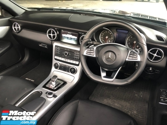 2017 MERCEDES-BENZ SLK SLC200 AMG Line 2.0 Turbo 9G-Tronic Panoramic Roof Bucket Seat Multi Function Paddle Shift Steering