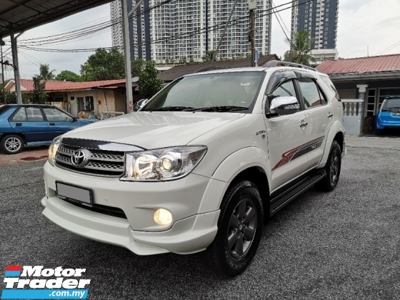 2012 TOYOTA FORTUNER 2.7 V TRD FACELIFT Service Record GOOD CONDITION