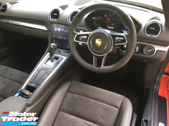 2018 PORSCHE CAYMAN Cayman 718 2.0 2018 Coupe Turbo 300Hp 7 speed