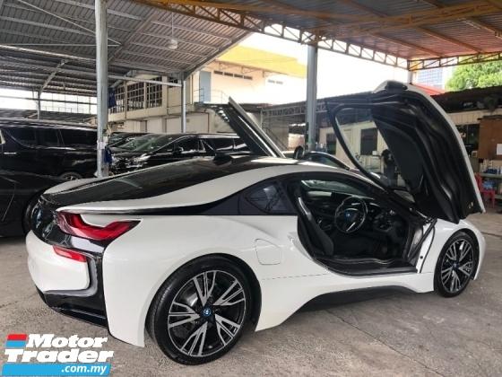 2017 BMW I8 1.5 Turbo Fully Loaded Harman Kardon Premium Head Up Display 360 Surround Camera Pre Crash Unreg