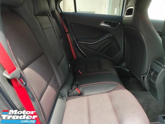 2015 MERCEDES-BENZ A45 2.0 AMG 4 Matic PreCrash LKA Leather Unregister