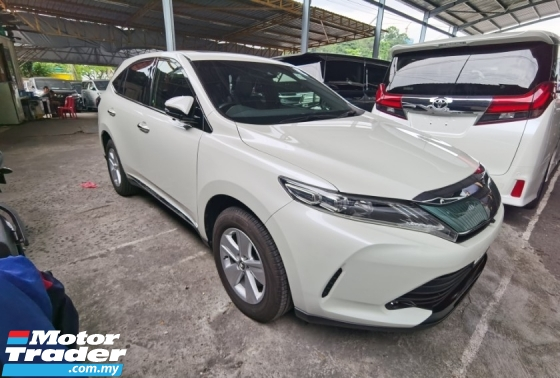 2017 TOYOTA HARRIER 2.0 FACELIFT POWER BOOTH 4 CAMERA PLAYER BLACK BLACK INTERIOR 2017 JAPAN UNREG FREE GMR