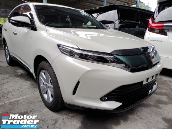 2017 TOYOTA HARRIER 2.0 PANAROMIC ROOF LANE ASSISY SENSOR PRE CRASH SYSTEM PRICE INCLUSIVE SST