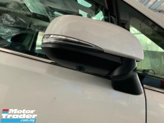 2017 TOYOTA ALPHARD 2.5 SC sunroof surround camera power boot pilot seathigh spec unregistered