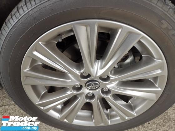 2016 TOYOTA VELLFIRE Toyota Vellfire 2.5 Golden Eye with Alpine & Sunroof