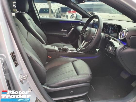 2018 MERCEDES-BENZ A-CLASS A200 Progressive Line 1.3(A) Hatchback *mil 11k*