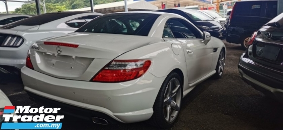 2015 MERCEDES-BENZ SLK 200 AMG.UNREG.FACELIFT.2.0CC.TRUE YEAR CAN PROVE.HALF SST.RED LEATHER.MOON ROOF.NEW DESIGN GEARKNOB.