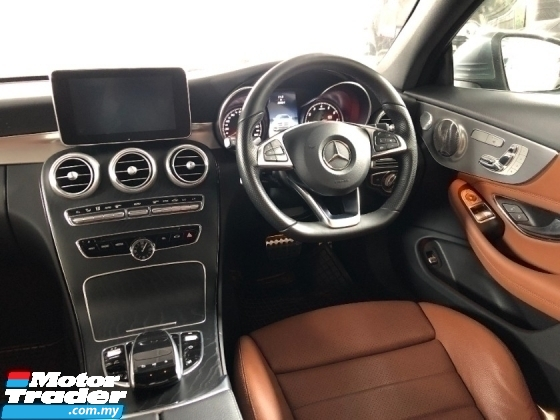 2017 MERCEDES-BENZ C-CLASS C300 AMG Coupe 2.0 Turbo 241hp Panoramic Roof Burmester 3D Surround Paddle Shift Full LED Power Boot
