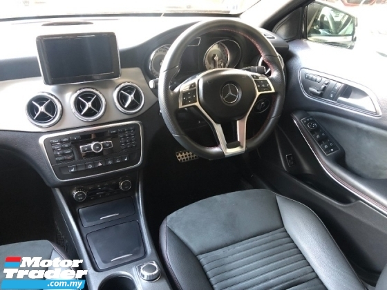 2015 MERCEDES-BENZ GLA GLA180 AMG Turbo Pre Crash Memory Seat Power Boot Paddle Shift Bi Xenon Reverse Camera Bluetooth