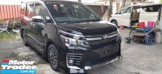 2016 TOYOTA VOXY 2.0 ZS KIRAMEKI EDITION 2 / PRE-CRASSH / TIPTOP CONDITION / READY STOCK