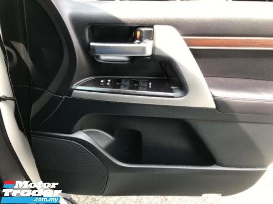 2019 TOYOTA LAND CRUISER 4.5 V8 J200