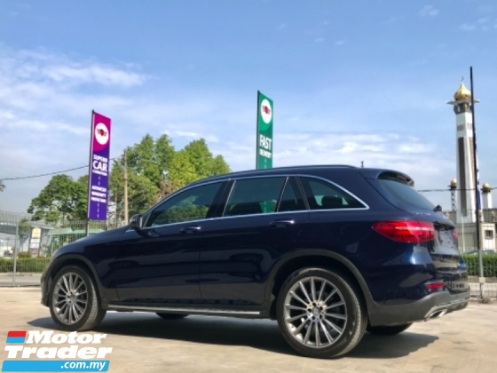 2017 MERCEDES-BENZ GLC 250 AMG LINE 4MATIC 20k Km only MUST VIEW