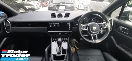 2019 PORSCHE CAYENNE 3.0V6 ESTATE / READY STOCK / REAR UNIT FULLY SPEC