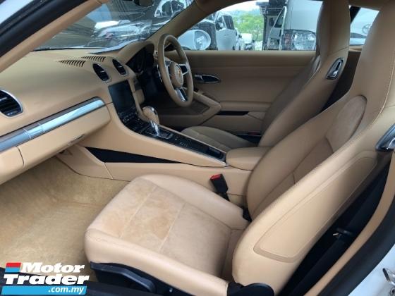 2016 PORSCHE 718 Cayman New 2.0 Turbo Boxster 300hp Lighting-Quick PDK PCM Sport AutoLift Spoiler Unreg