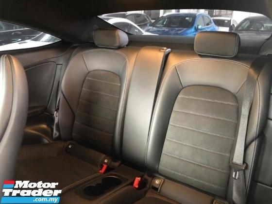 2019 MERCEDES-BENZ C-CLASS 300 2.0 Turbo engine 241 HP Memory leather seats Reverse camera AMG 18 Rim