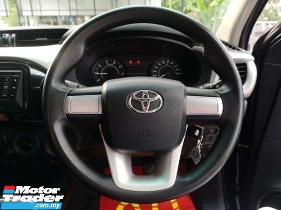 2014 TOYOTA HILUX Toyota HILUX 2.4 G VNT TURBO (M) N/FACELIFT WRRNTY