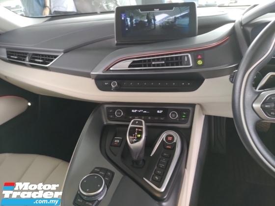 2016 BMW I8  HEAD UP DISPLAY 360 SURROUND CAMERA HARMAN KORDON SOUND SYSTEM PADDLE SHIFT
