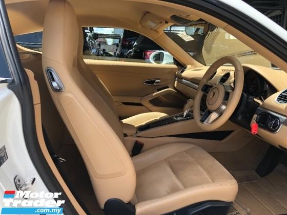 2016 PORSCHE CAYMAN 718 New Facelift 2.0 Turbo Boxster 300hp Lighting-Quick PDK PCM Sport AutoLift Spoiler Unreg
