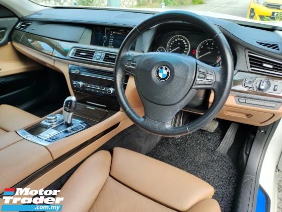 2011 BMW 7 SERIES 730Li LOCAL NEW REAR ENTERTAINMENT
