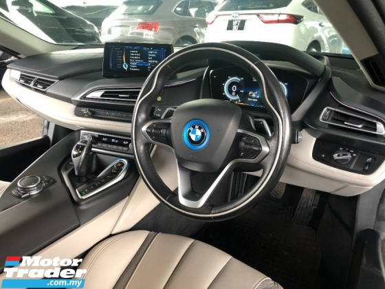 2017 BMW I8 1.5 Turbo 357hp 360 Surround Camera Head Up Display Full LED Bucket Seat Sport PLUS Paddle Shift