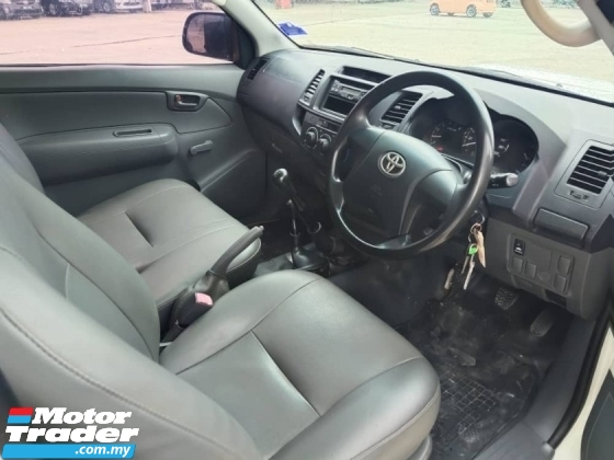 2014 TOYOTA HILUX 2.5 G SINGLE CAB WELL MAINTAIN PICK UP