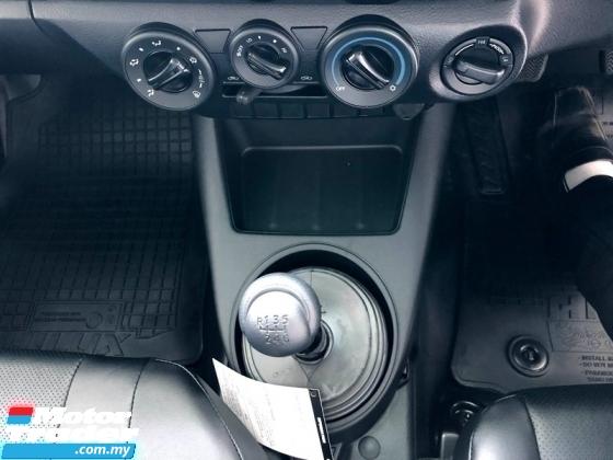 2021 TOYOTA HILUX 2.4 Single cab ready stock tak payah tunggu lama2