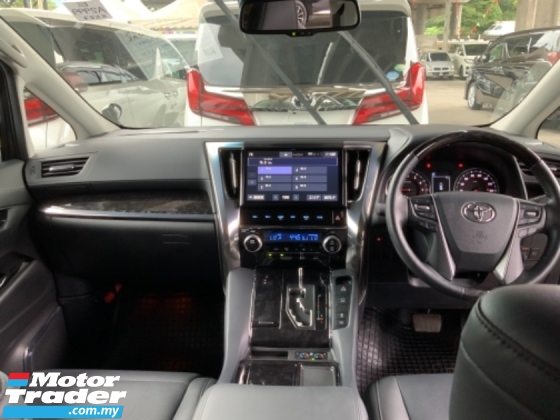 2019 TOYOTA ALPHARD 2.5 SC pilot seat 3 LED Facelift surround camera power boot 3 Years warranty Unregistered