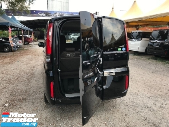 2017 TOYOTA VOXY ZS GS ( HONDA STEPWAGON G ) OFFER CLEAR STOCK !!!