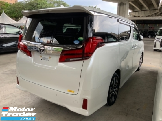 2019 TOYOTA ALPHARD 2.5 SC Pilot seat High spec 3 LED Surround camera power boot Facelift 3 years warranty Unregistered