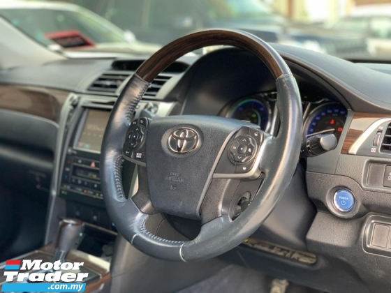 2015 TOYOTA CAMRY 2.5 HYBRID LUXURY UNDER WARRANTY