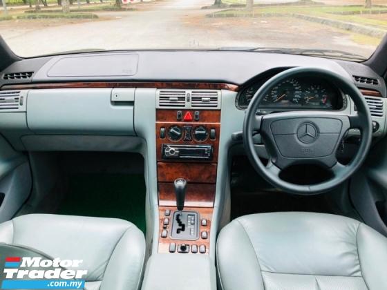 1999 MERCEDES-BENZ E-CLASS E200 2.0 AVANTGARDE SEDAN CAR KING CONIDITION CASH