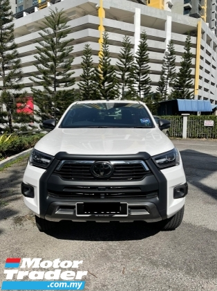 2021 TOYOTA HILUX 2.8 Rogue AT 4x4
