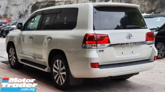 2018 TOYOTA LAND CRUISER 4.6 ZX full spec