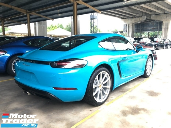 2018 PORSCHE 718 Cayman New 2.0 Turbo Boxster 300hp Lighting-Quick PDK PCM Sport AutoLift Spoiler Unreg