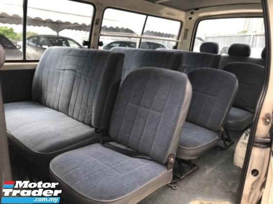 2001 TOYOTA HIACE 2.4 (M) Window Van Diesel