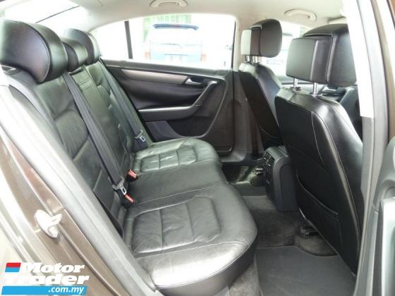 2012 VOLKSWAGEN PASSAT Volkswagen PASSAT 1.8 TSI (A) Full Spec *2012/2013