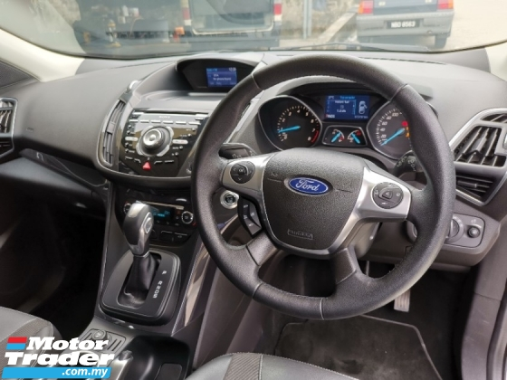 2015 FORD KUGA TITANIUM FULL SERVICE RECORD ONE ONWER ACCIDENT FR
