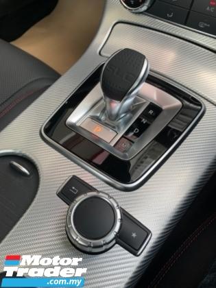 2017 MERCEDES-BENZ SLC 300 2.0 AMG Spec