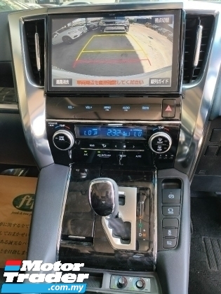 2020 TOYOTA ALPHARD 2.5 SC Demo Car 4K KM 3LED Sun Roof PCS LTA Pilot Seat Leather Power Boot Unregister