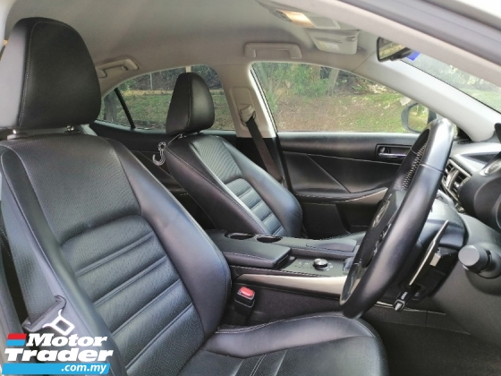 2015 LEXUS IS IS250 2.5 Luxury (A) F/Spec, Car