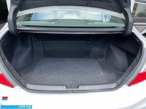 2013 HONDA CIVIC 1.5 (HYBRID) (A)1 Owner Tip Top Condition