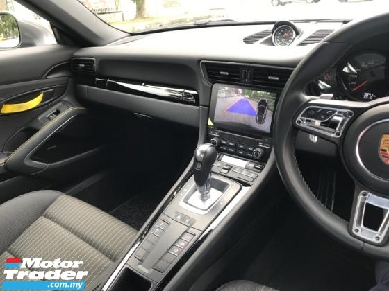 2019 PORSCHE 911 CARRERA T 3.0 BLACK YELLOW INTERIOR SPORT CHRONO PACKAGE UK NEW UNREG
