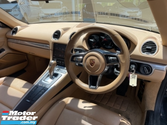 2016 PORSCHE CAYMAN Unreg Porsche Cayman 718 2.0 Turbo 300HP PDK 7Speed Paddle Shift