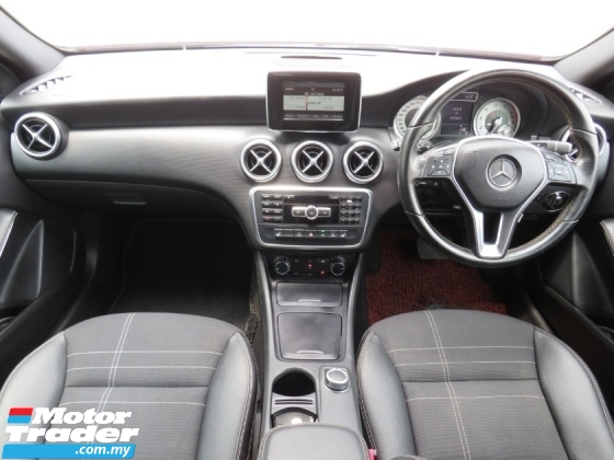2015 MERCEDES-BENZ A-CLASS A200 1.6 (A) TURBO ONE OWNER HIGH LOAN LIKE NEW